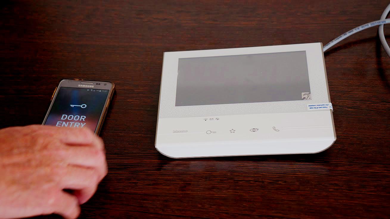 monitor classe 300 wifi tegui